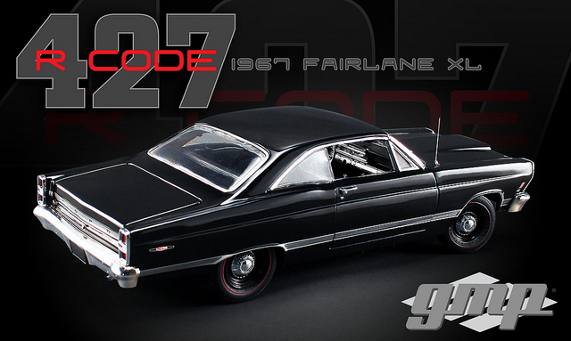 GMP18803 1:18 1967 Ford Fairlane 427 R Black 427 engine